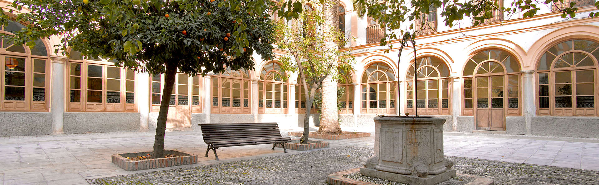 Hotel Maciá Monasterio de los Basilios - Edit_Patio.jpg
