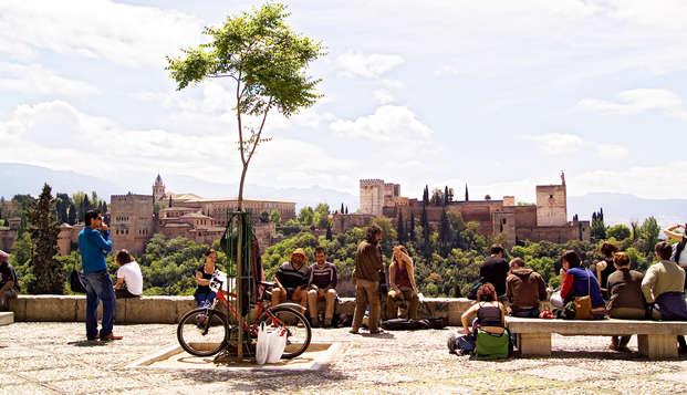 Escápate a Granada y descubre a pie todos sus secretos