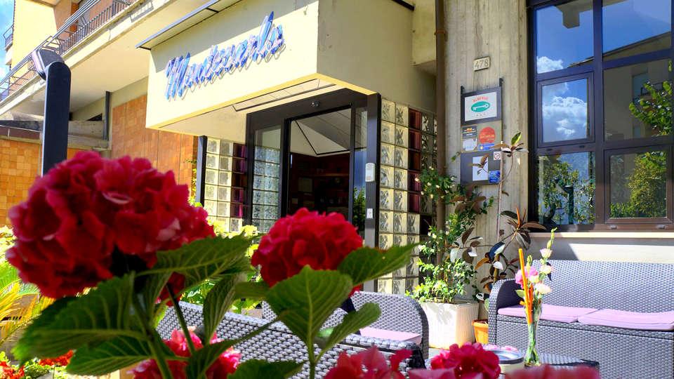 Hotel Montecarlo - EDIT_NEW_FRONT2.jpg