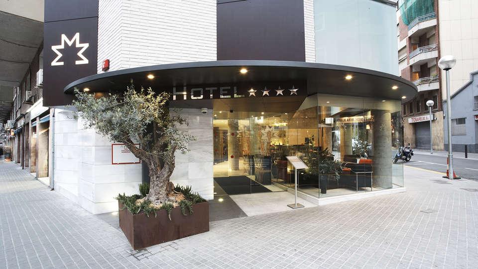 Hotel Madanis - EDIT_front.jpg