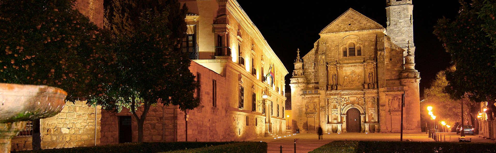 Hotel María de Molina - edit_ubeda.jpg