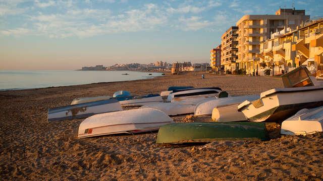 Escapada en Hotel 3* con acceso directo a la playa en Torrevieja (1 niño gratis)
