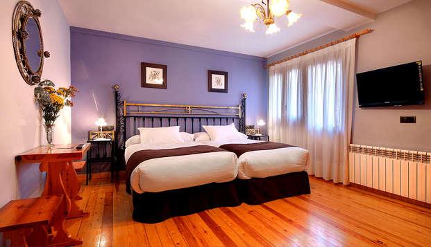 Escapada con encanto en un rústico hotel en el Parque Nacional de Ordesa con desayuno incluido
