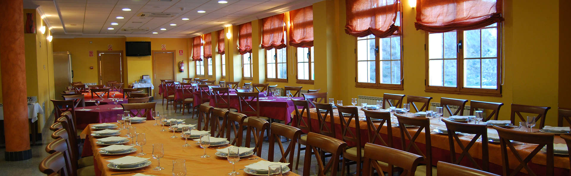 Hotel Meleiros - EDIT_restaurant2.jpg