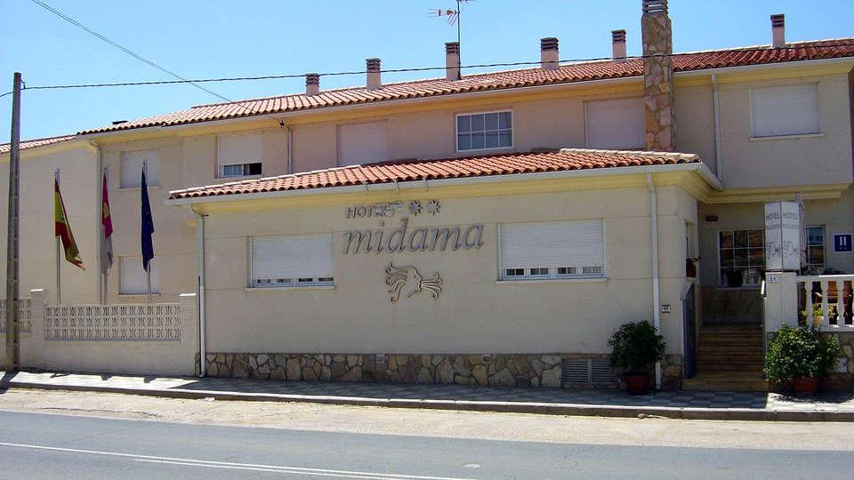 Hotel Midama - Edit_Frotn.jpg