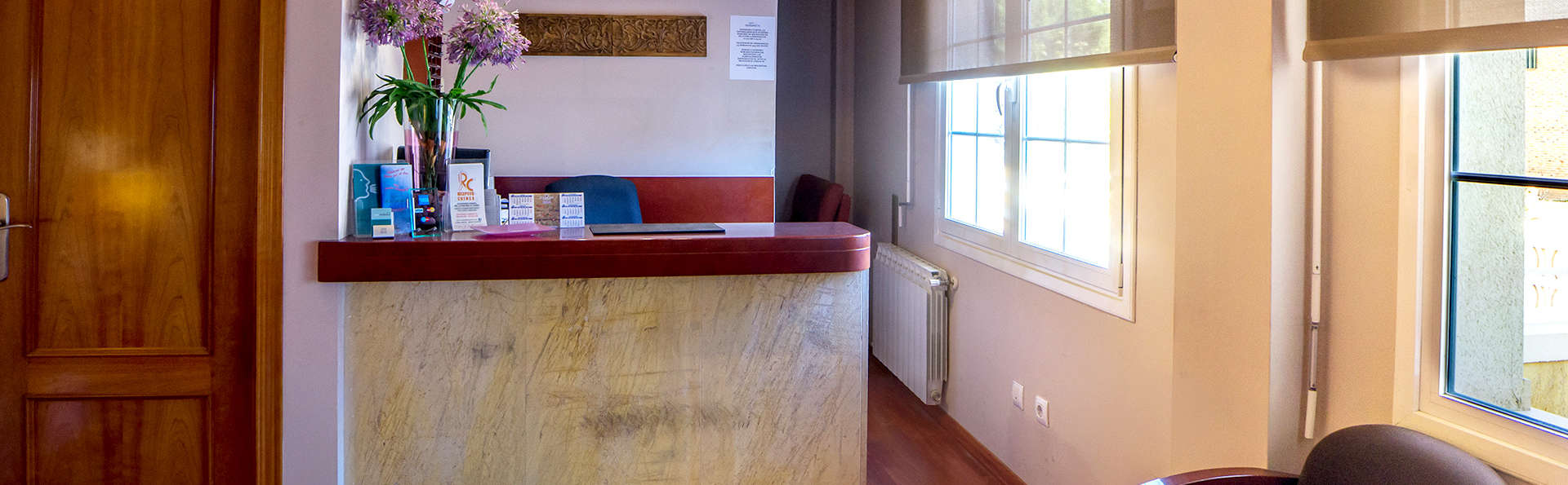 Hotel Midama - Edit_Reception.jpg