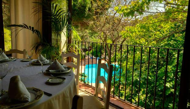 Séjour avec dîner : découvrez un lieu charmant à Tarifa (à partir de 2 nuits)