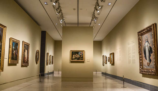 Museo Thyssen: Entrada sin colas y alojamiento en la Plaza del Sol de Madrid