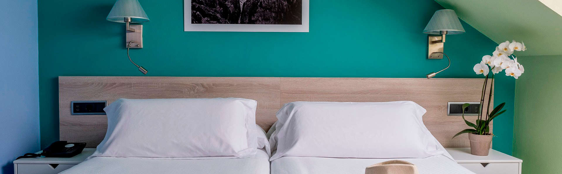 Hotel Miracielos - EDIT_room9.jpg