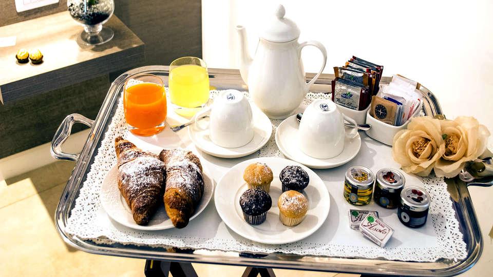 Hotel San Pietro - Edit_Breakfast.jpg
