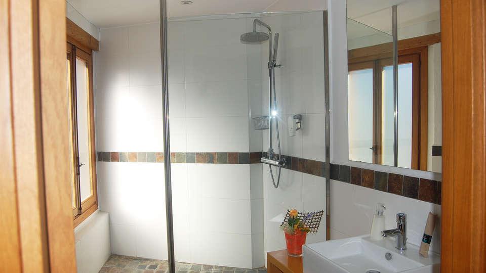 Hotel Molí de la Torre - EDIT_bath.jpg