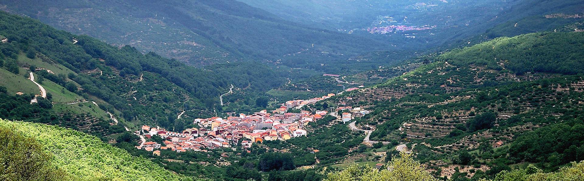 Escapada con vistas al Valle del Jerte con Cena y ambiente romántico (desde 2 noches)