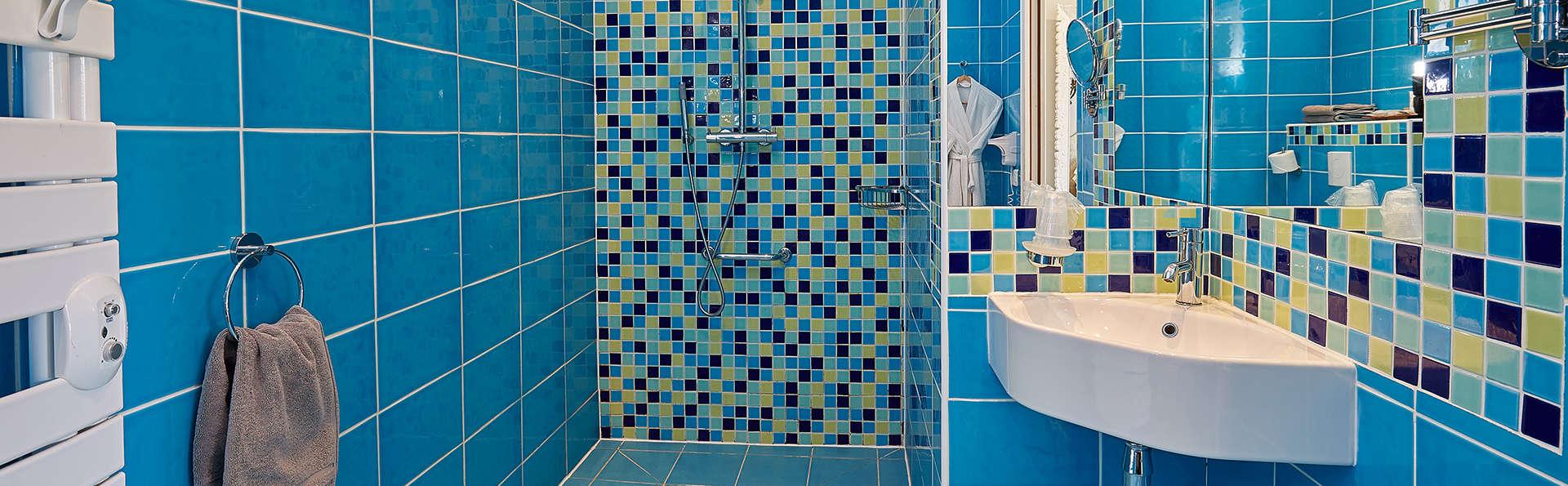 Hotel The Originals Le Cise (ex Relais du Silence) - edit_new_bathroom4.jpg