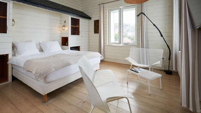 1 overnachting in een tweepersoons kamer superior met zeezicht voor 2 volwassenen