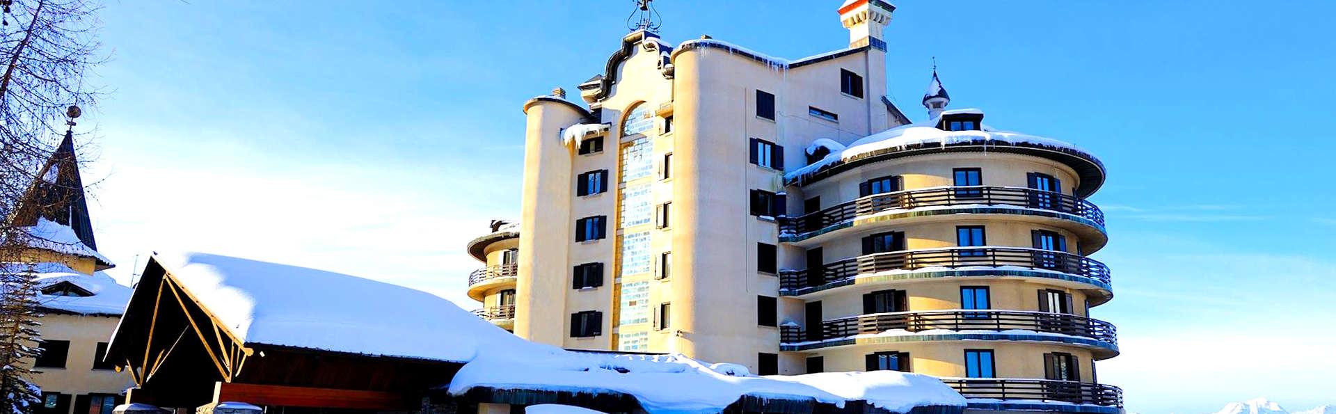 Hotel Principi di Piemonte - Edit_Front.jpg