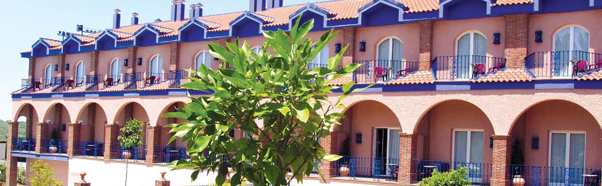 Hotel MS Fuente las Piedras - Edit_Front3.jpg