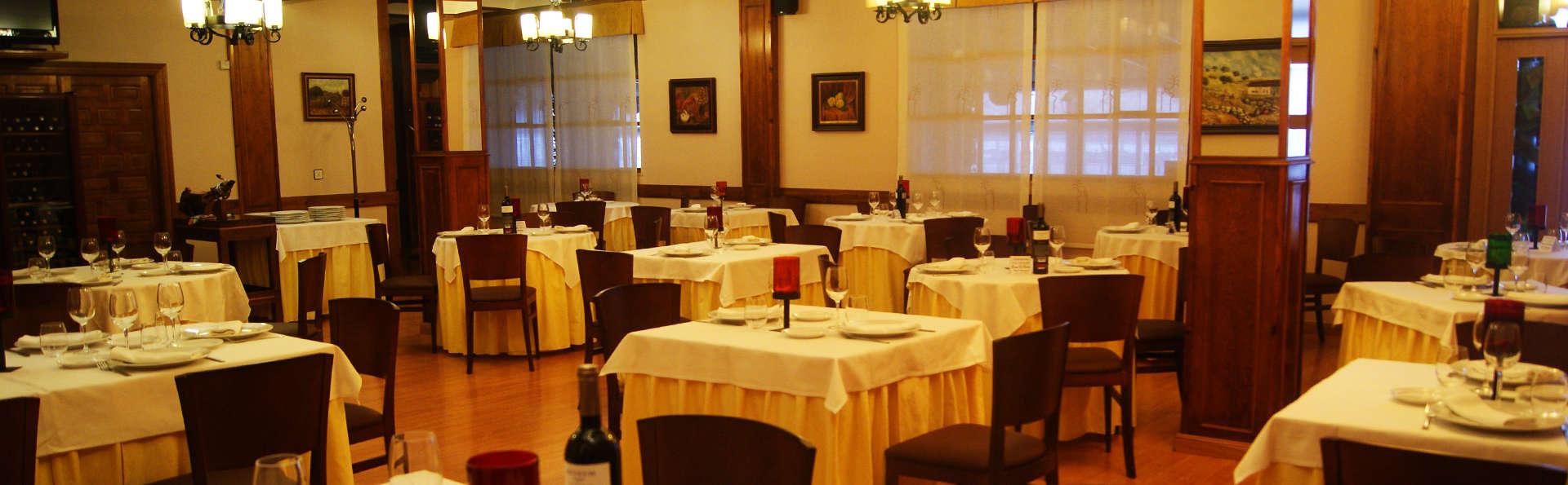 Hotel Mozárbez Salamanca - EDIT_restaurant.jpg