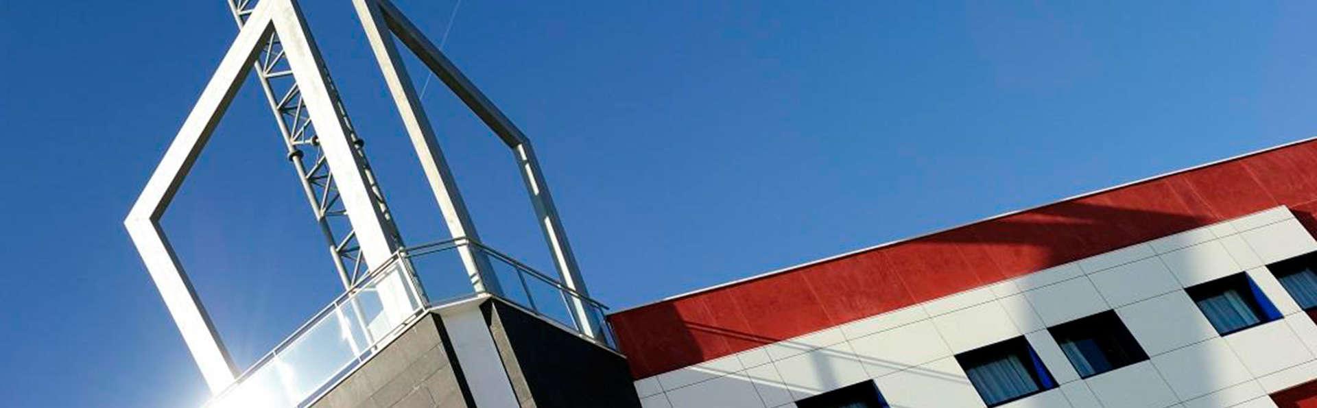 Hotel Naval Sestao - EDIT_front.jpg