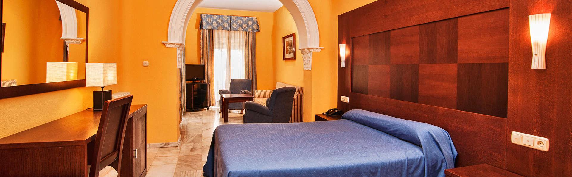 Hotel Nuevo Palas - EDIT_room6.jpg