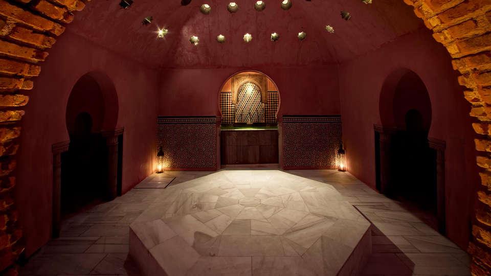 Hotel Casa del Capitel Nazarí - edit_al_andalus223.jpg