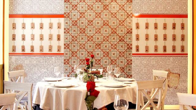 Escapada en el centro de Zaragoza con detalle romántico y desayuno incluido