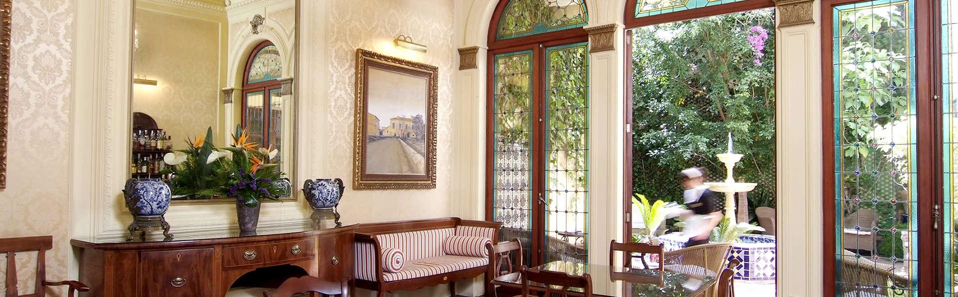 Hotel Palacio Ca Sa Galesa - Edit_Salon.jpg