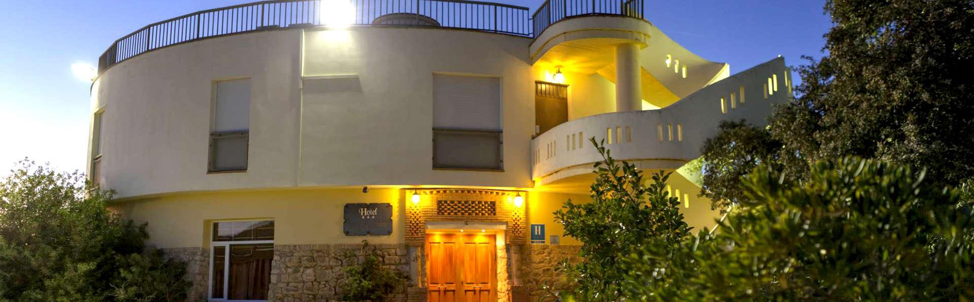 Hotel Paraje La Lambra - Edit_Front2.jpg