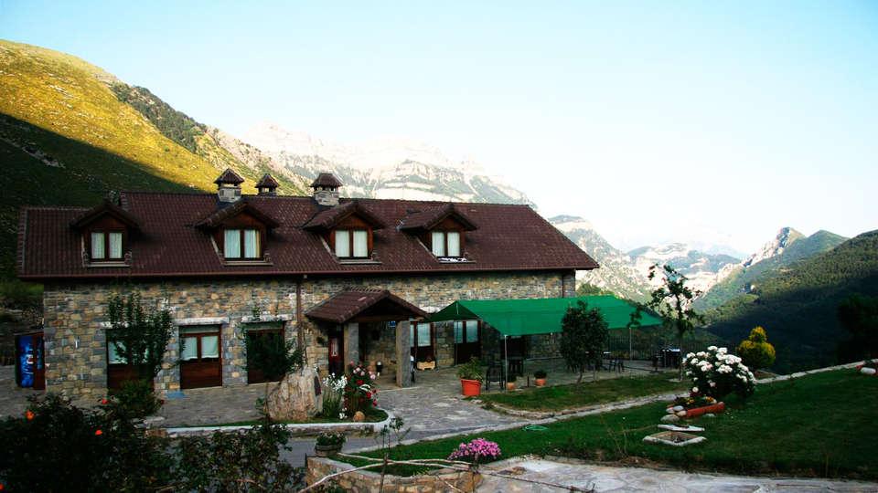 Hotel Palazio - EDIT_front1.jpg