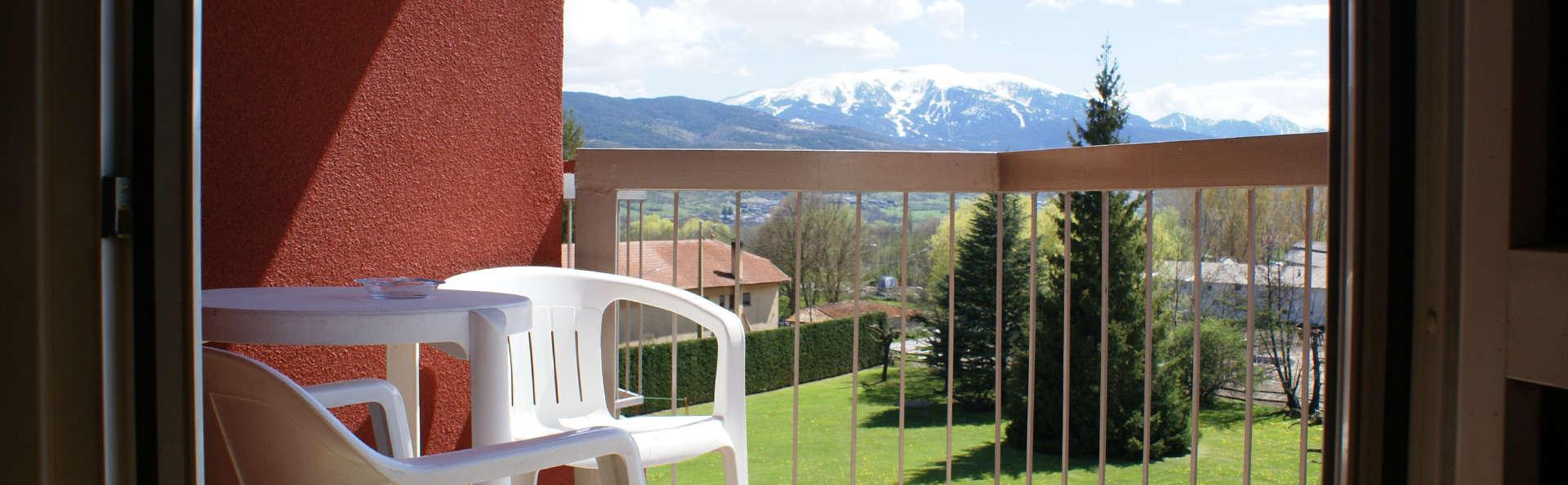 Park Hotel & Spa Puigcerdá - EDIT_balcony.jpg