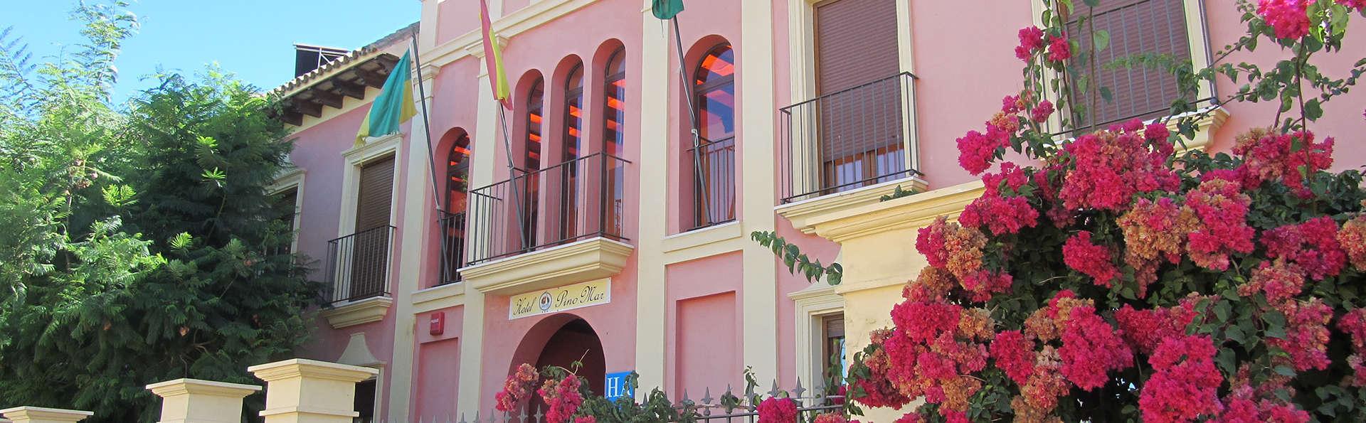 Hotel Pinomar - EDIT_front1.jpg