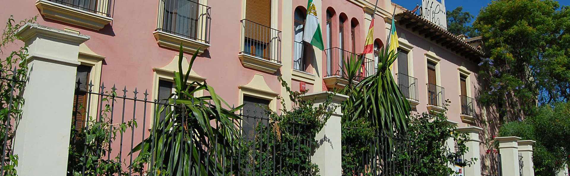 Hotel Pinomar - EDIT_front.jpg