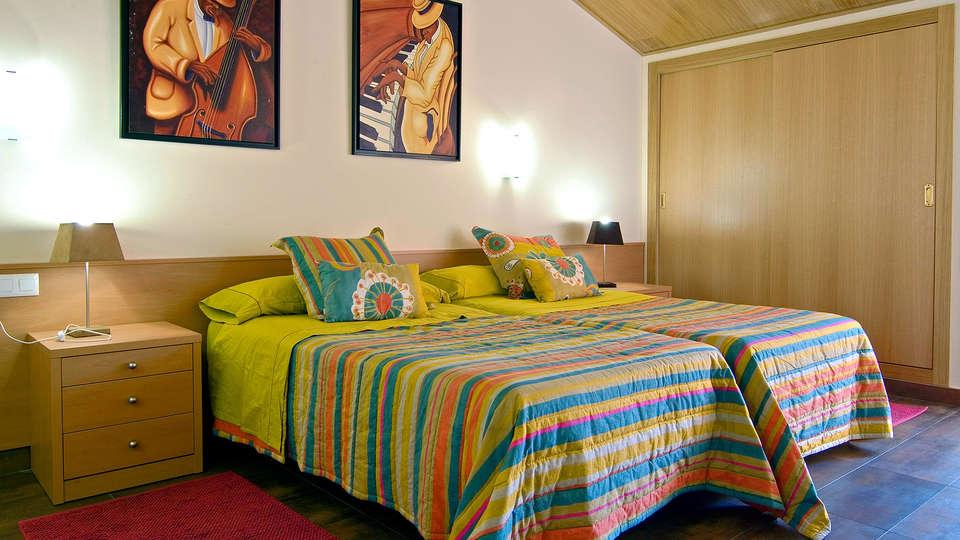 Hotel Pinxo - Edit_room.jpg