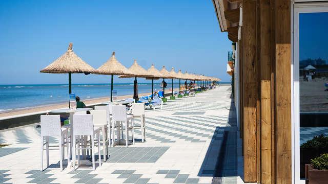 Hotel con acceso directo a la playa en Rota