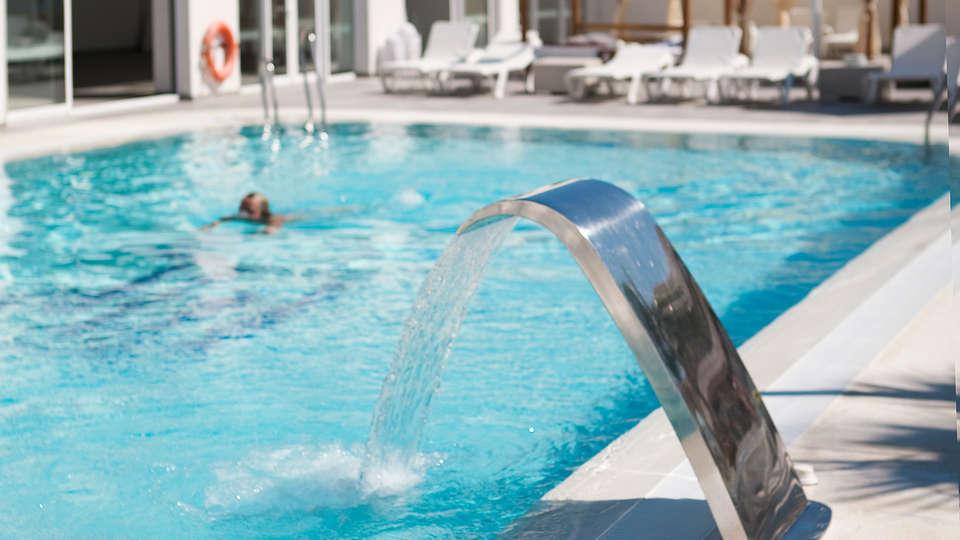 Hotel Playa de la Luz (inactive) - EDIT_pool2.jpg