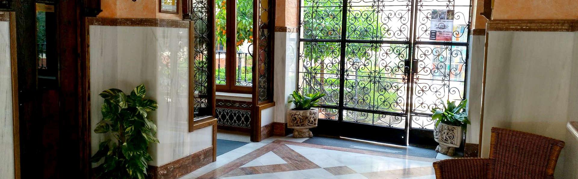 Hotel Balneario San Nicolás - Edit_Lobby.jpg
