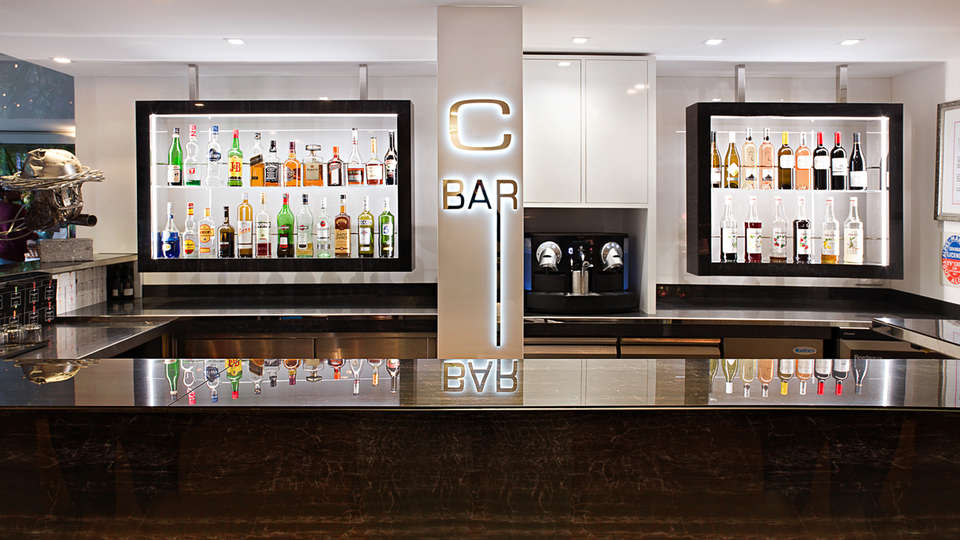Cézanne Hôtel & Spa - EDIT_NEW_bar.jpg