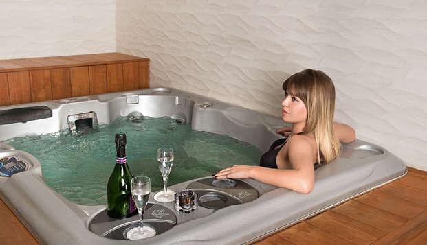 Cezanne Hotel Spa - NEW jacuzzi