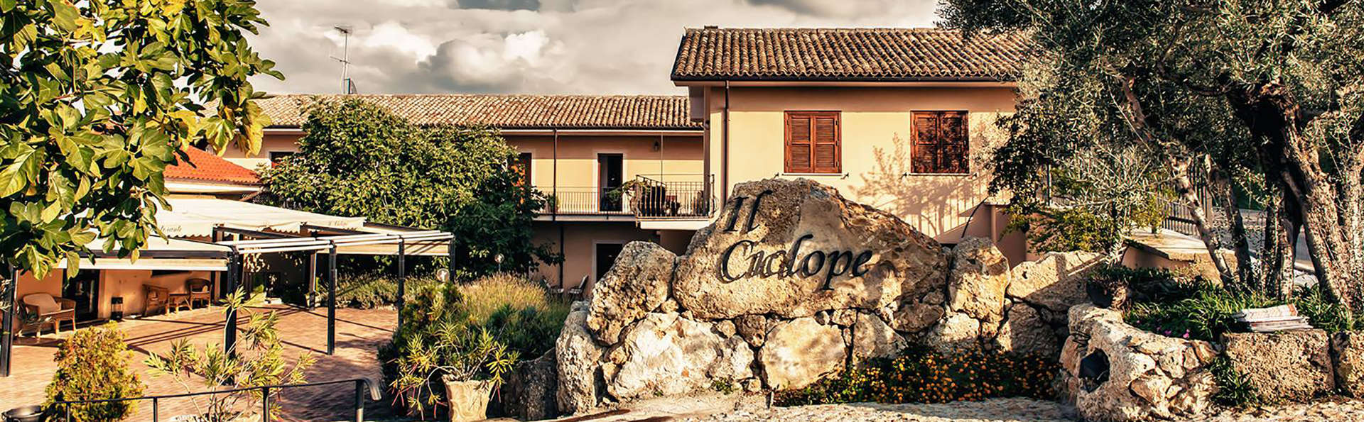 Il Ciclope CountryHotel & Restaurant - Edit_Front4.jpg