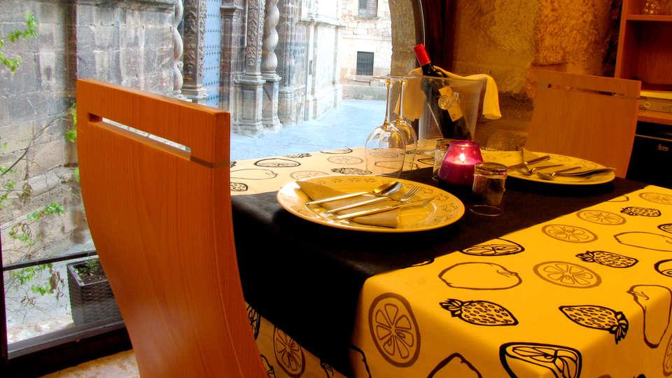 Hotel Portal del Matarraña - Edit_Restaurant3.jpg