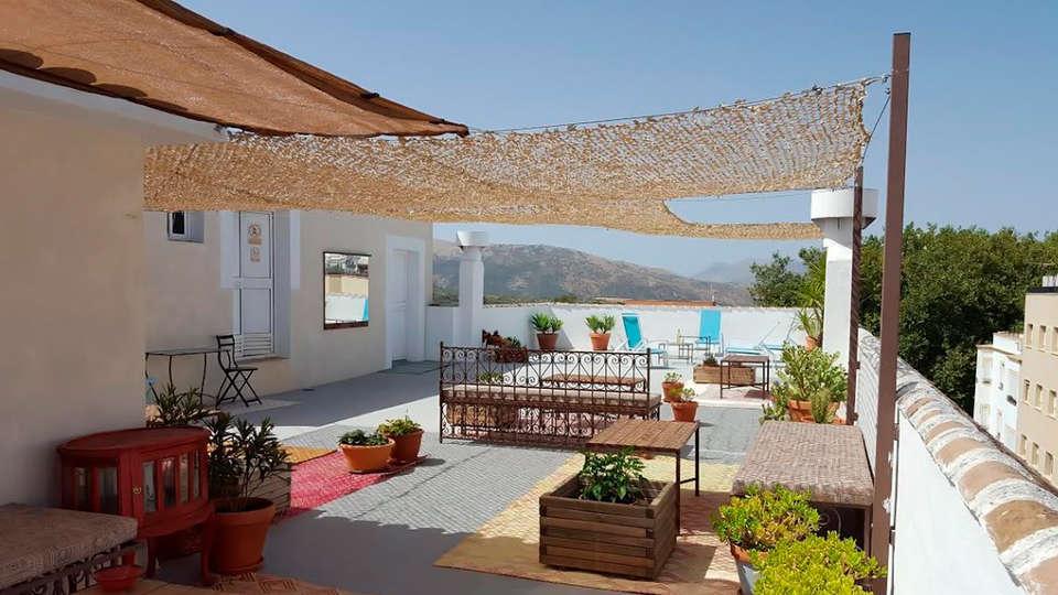 Ronda Hotel Polo - edit_terrace.jpg