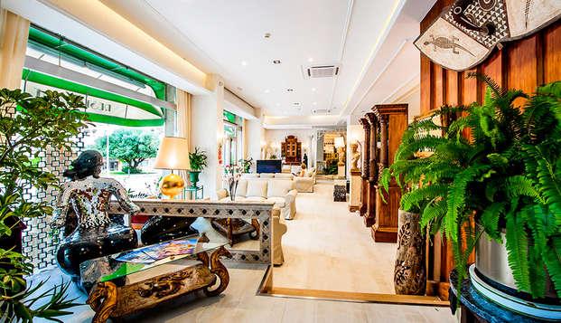 Hotel President - lobby