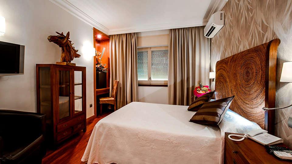 Sercotel Hotel President - EDIT_room1.jpg