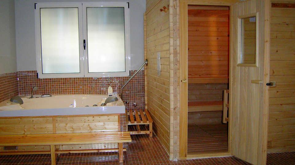 Hotel Reconquista - EDIT_sauna1.jpg