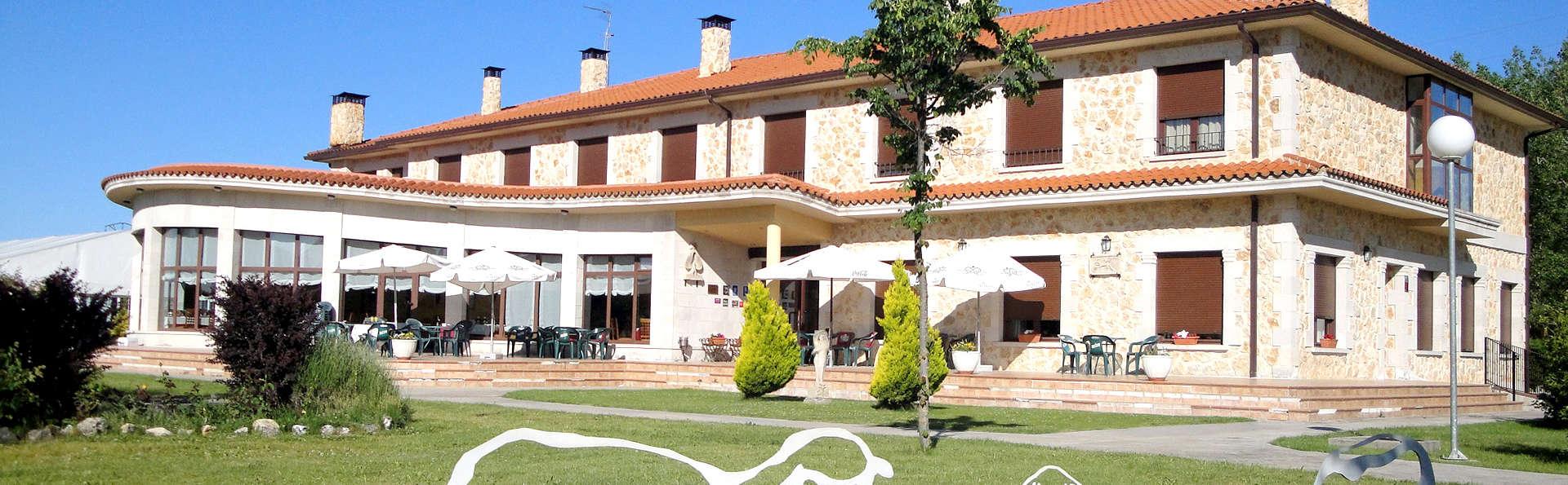 Hotel Restaurante El Prado de las Merinas - Edit_Front3.jpg