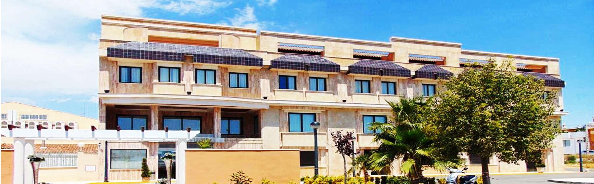 Hotel Restaurante Emilio - EDIT_1_1_FACHADA.jpg