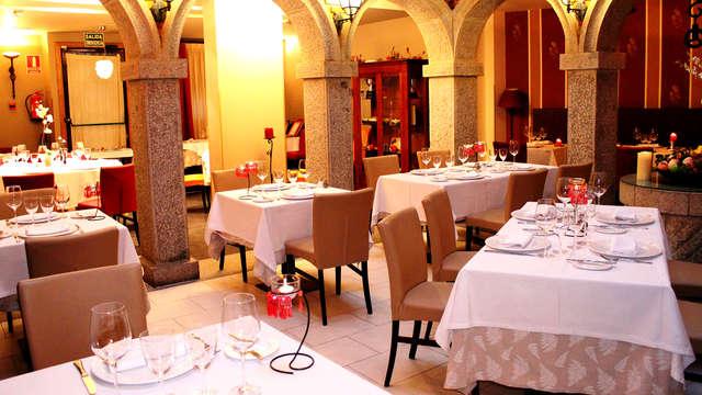 Escapada con cena gastronómica en el fabuloso restaurante de Casona de Torres y habitación Superior