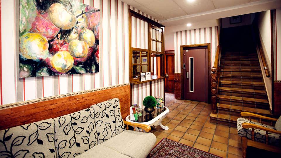 Hotel Rural El Molino - Edit_Hall.jpg
