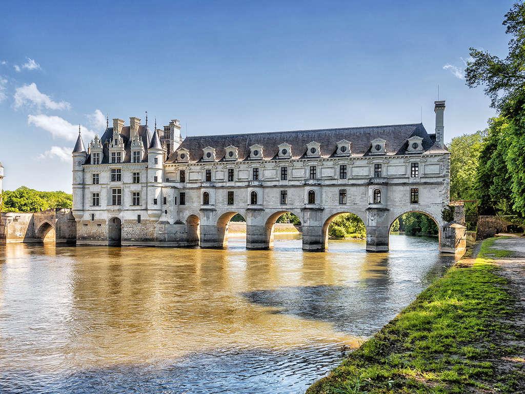 Séjour Saumur - Week-end découverte avec visite du Château de Chenonceau et dégustation de Saumur  - 3*