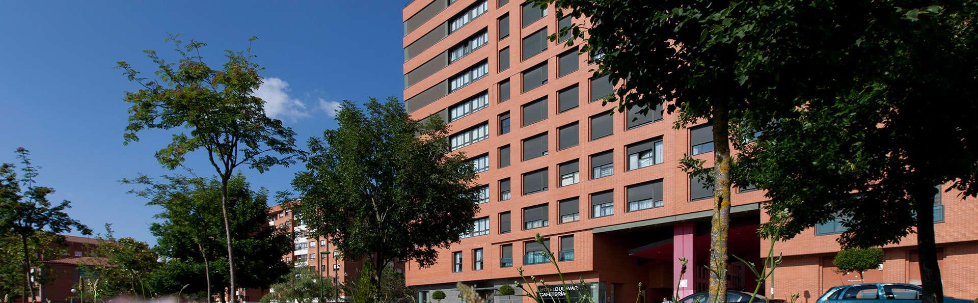 Hotel Rice Bulevar - EDIT_front.jpg