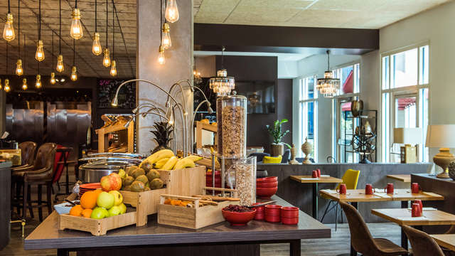 Hotel Mercure Paris Porte de Pantin - NEW buffet